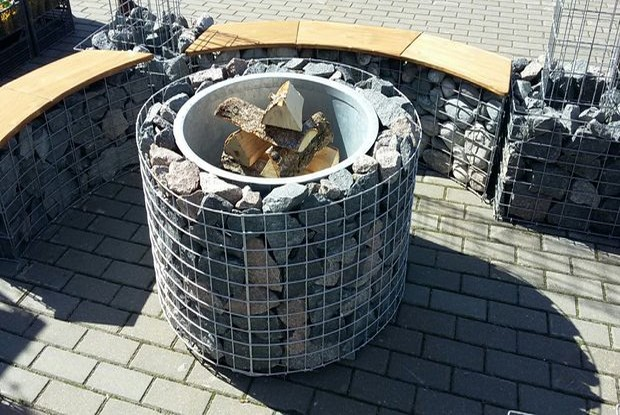 Fire In Stone Concrete Amp Metal Designer Fire Pits Home