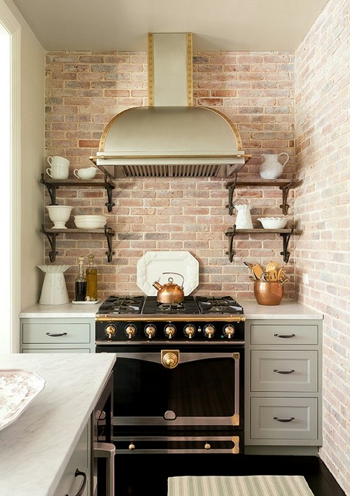 12-golden-elements-gold-in-interior-design-kitchen-provence-style-brick-wall-backsplash
