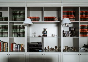 13-English-interior-style-book-shelves-bookcase-bookstand-lamps (2)