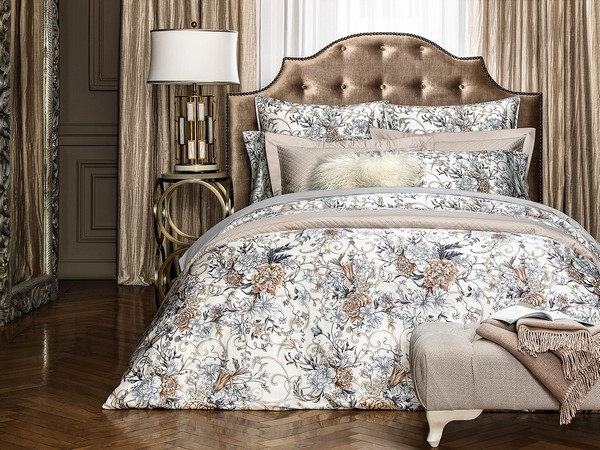 13-luxurious-designer-elegant-light-pastel-blue-and-beige-home-textile-togas-nocturne-collection-bed-linen-floral-pattern-roses-peonies-classical-style-bedroom