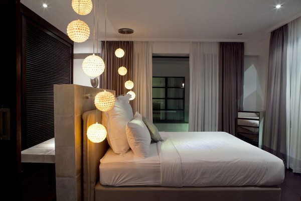 14-bedroom-lighting-round-lamps-in-hi-tech-interior-design-concrete-headboard