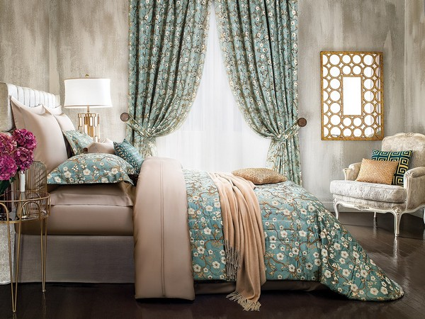 14-luxurious-designer-elegant-light-pastel-blue-and-beige-home-textile-togas-nocturne-collection-bed-linen-floral-pattern-roses-peonies-classical-style-bedroom