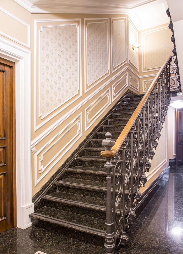 14_cr-forged-stair-railings-staircase-forged-stair-railings-staircase-rococo-style