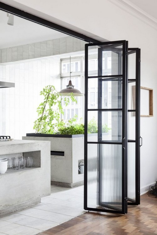 15-folding-glazed-doors-in-kitchen-interior-design