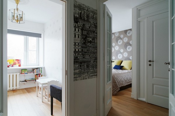 15-minimalist-interior-style-white-walls-floral-wallpaper-cole-&-son-white-doors