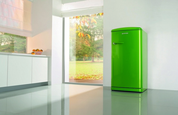 15-white-kitchen-lime-refrigerator