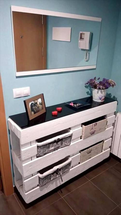 16-diy-hand-made-pallet-furniture-chest-of-drawers-entrance-hall