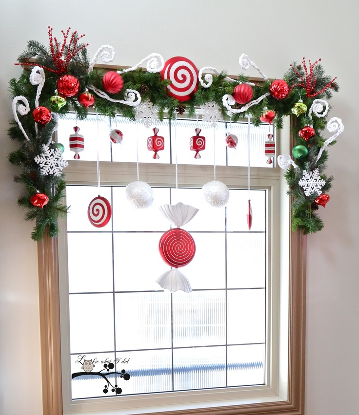 18-christmas-window-decorations-candies