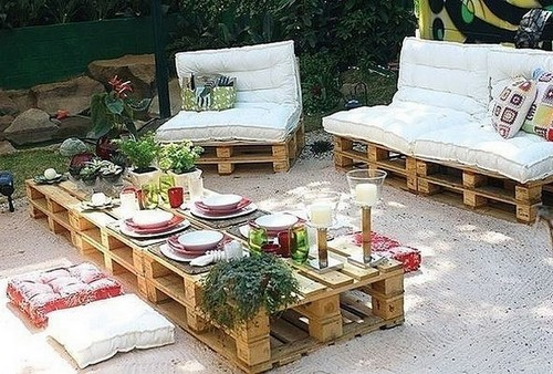 18-diy-hand-made-pallet-furniture-outdoor-dining-table-set