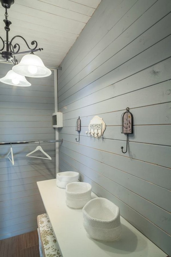 2-4-provence-gustavian-style-work-room-workshop-grayish-blue-walls-white-wooden-ceiling-wall-decor-walk-in-closet-retro-hooks