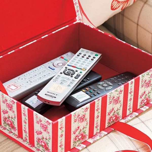 Diy 7 ways to re use shoeboxes home interior design for Reuse shoe box ideas