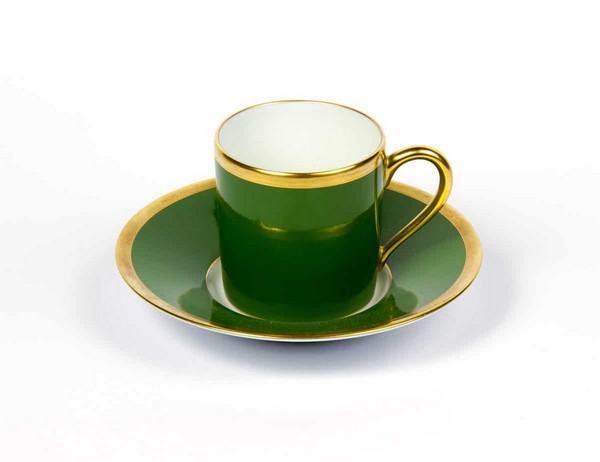22-kale-color-Haviland-and-&-Parlon-tea-cup-green
