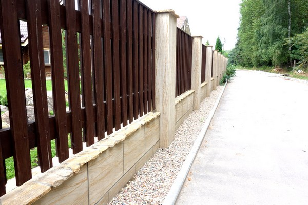 3-15-flexible-sandstone-in-exterior-design-fence