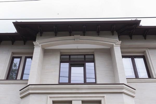 3-2-flexible-sandstone-in-exterior-design-house-facade