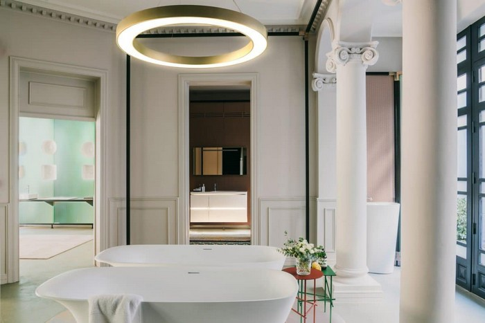 3-laufen-bathroom-showroom-madrid-spain-designer-bath-bathtub-Patricia-Urquiola