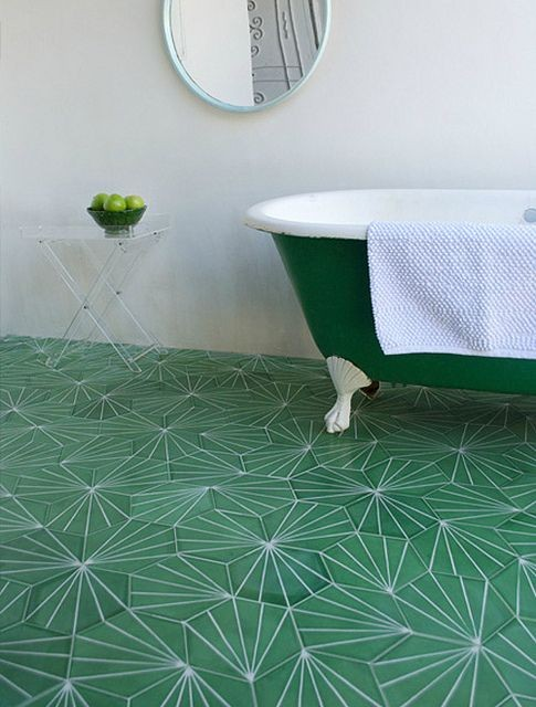 31-kale-color-floor-tiles-clawfoot-bath-bathtub-green