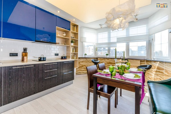 4-1-flexible-sandstone-in-interior-design-kitchen-bay-window-blue-kictchen-furniture-set