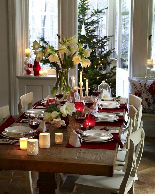 4-2-christmas-table-setting-decoration-composition-live-cut-flowers