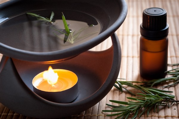 4-home-spa-must-have-element-aroma-lamp