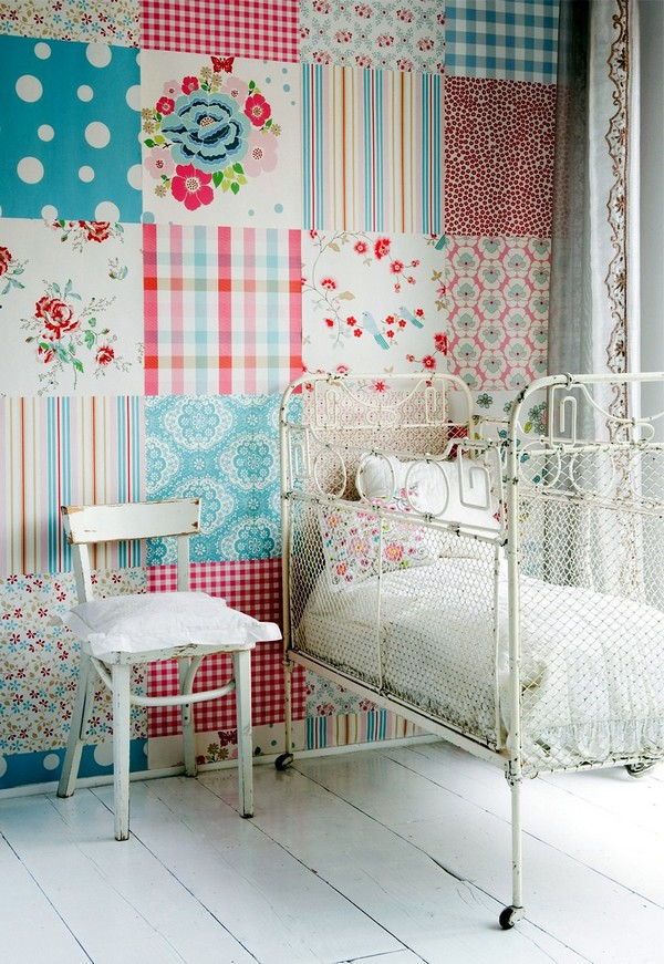 5-2-patchwork-wallpaper-in-the-toddler-bedroom-interior