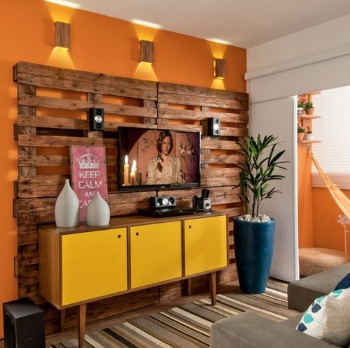 5-diy-hand-made-pallet-furniture-TV-zone-accent