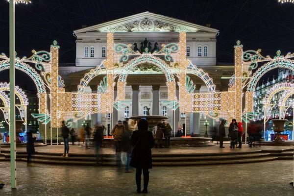 5-moscow-christmas-lights-festival-2016-2017-new-year-city-illumination-light-installations