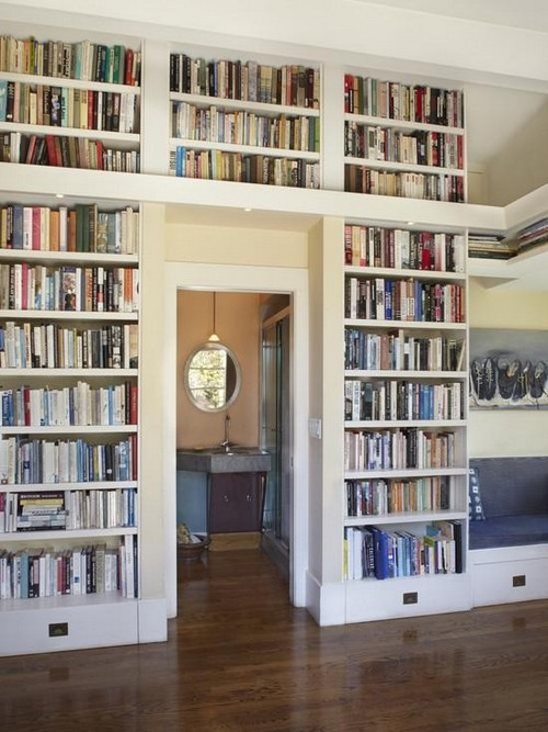 6-home-library-ideas-book-storage-around-door-aperture