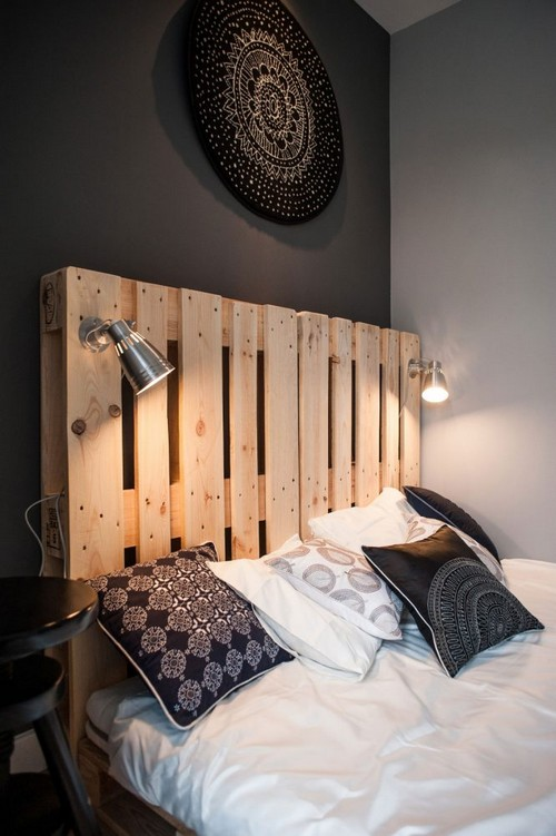 7-diy-hand-made-pallet-furniture-headboard