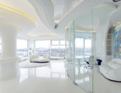 Futuristiс Totally White Apartment with Panoramic Windows