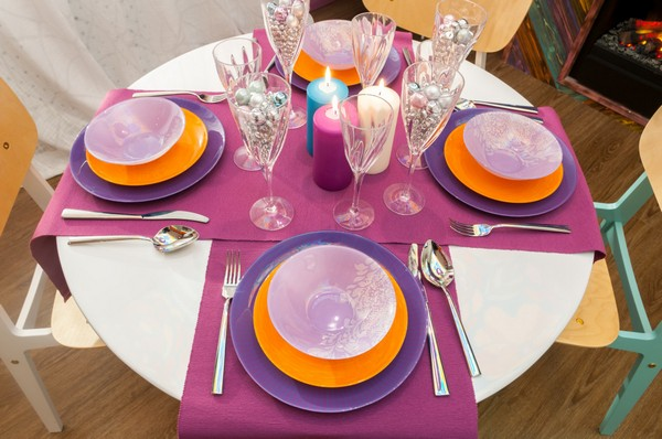 8-bright-positive-interior-purple-orange-white-dining- & Super Bright Dining Room: Purple Orange u0026 Blue | Home Interior ...