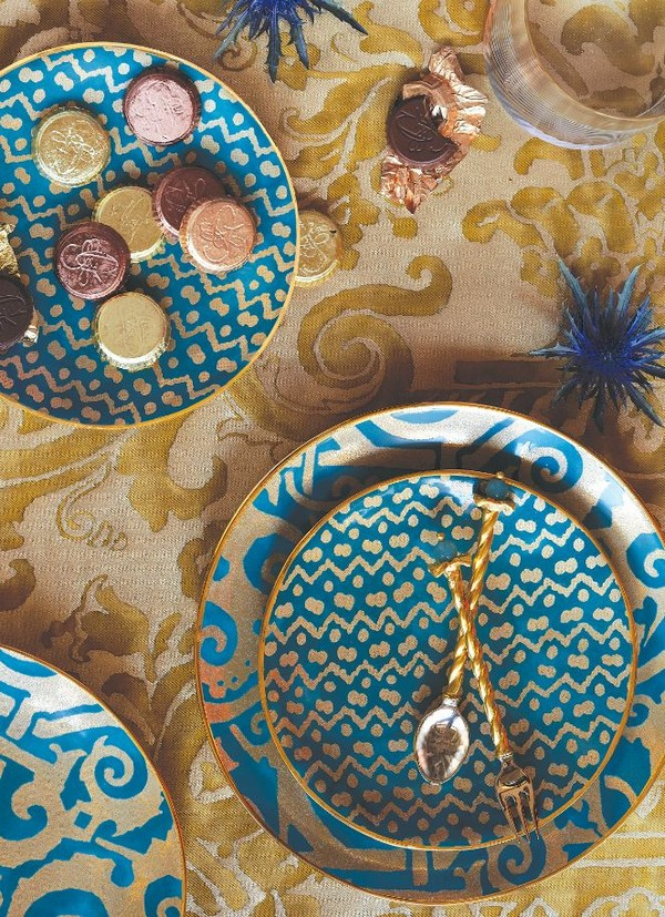 8-exclusive-luxurious-china-porcelain-tableware-l'objet-blue-and-gold-lapis-lazuli-plate