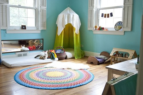 8-maria-monterssori-toddler-room-play-mat-floor-bed-low-mirror