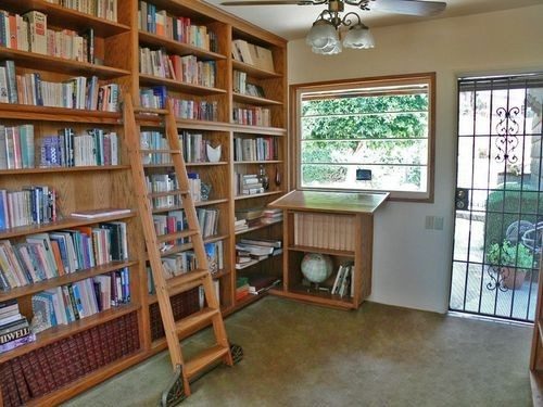 9-home-library-ideas-book-storage-ladder