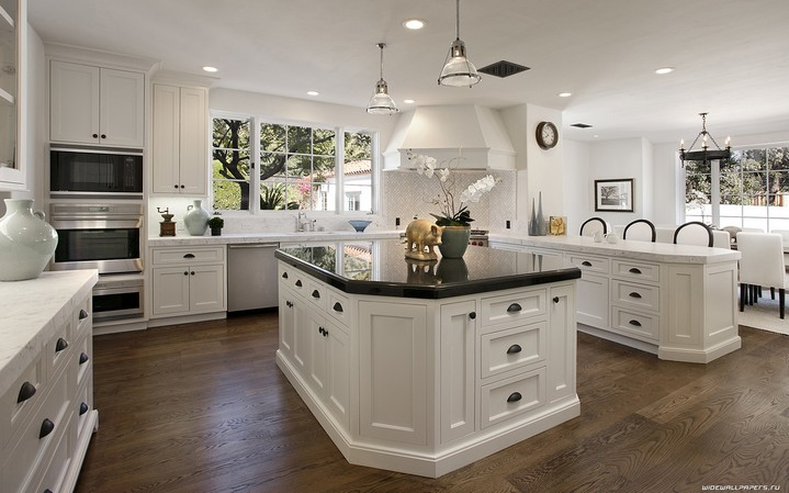 9-white-kitchen-island-dark-tabletop-floor