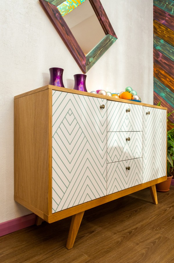 9-white-retro-herringbone-chest-of-drawers-1960s-furniture-multicolor-burnt-charred-wood-mirror-frame