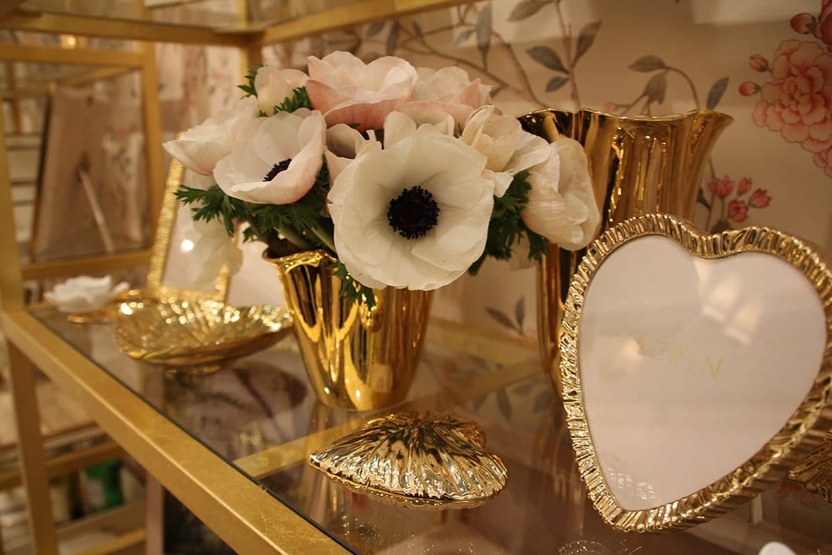 0-Aerin-home-decor-interior-accessories-at-Maison-&-Objet-2017-exhibition-trade-fair-gold-plated-photo-frames-flower-vases