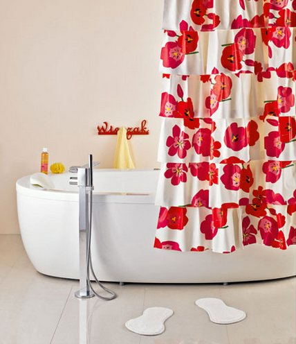 0-DIY-bright-red-and-white-hand-made-flamenco-shower-curtain-with-ruffles-folds_cr_cr