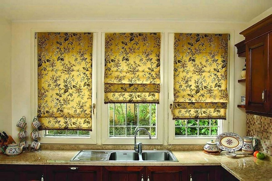 Beautiful  Roman blinds in kitchen interior design window