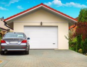 Detached Garage: 8 Building Tips