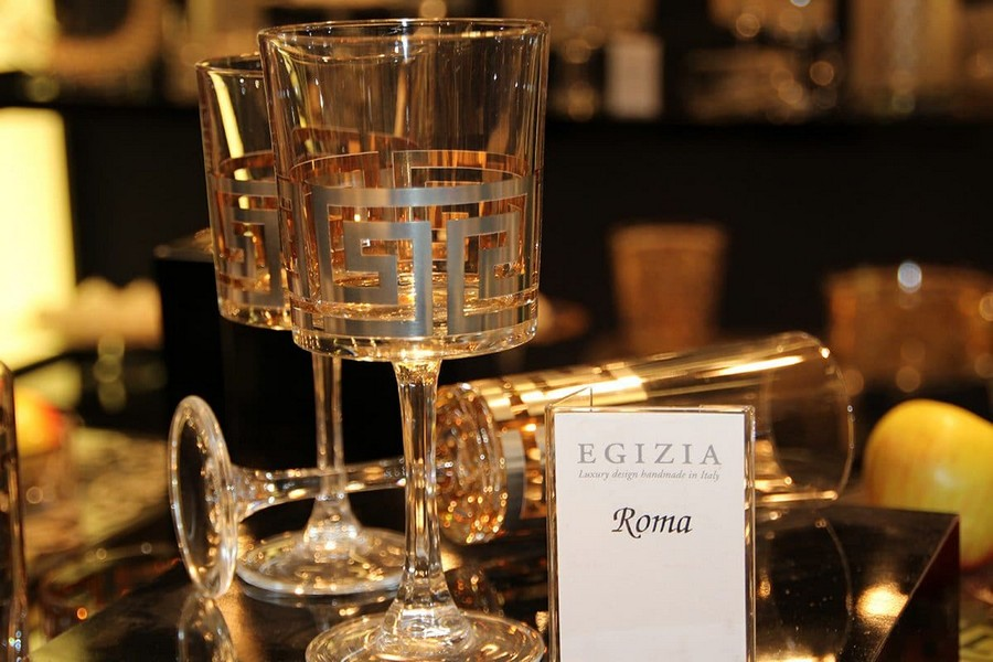 1-Egizia-Rome-collection-luxury-tableware-kitchen-table-settings-design-at-Maison-and-&-Objet-2017-Exhibition-trade-fair-Paris-glass-and-golden-glasses