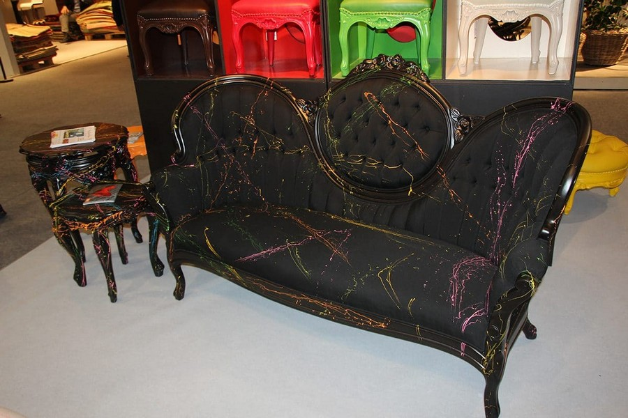 1-Polart-furniture-in-interior-design-at-Maison-and-&-Objet-2017-Exhibition-trade-fair-Paris-black-watercolor-effect-sofa-capitone