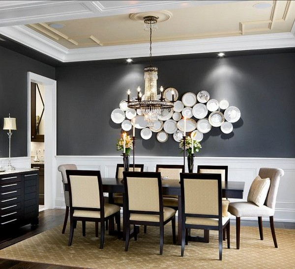 1-decorative-plate-hanging-on-wall-decor-ideas-classical-living-dining-room-interio-style-victorian-baseboard-chandelier-dark-graphite-gray-walls-beige-ceiling