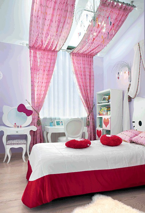 10-bright-toddler-kid's-girl's-bedroom-playroom-room-interior-design-pink-lilac-red-hello-kitty-inspired-furniture-decor