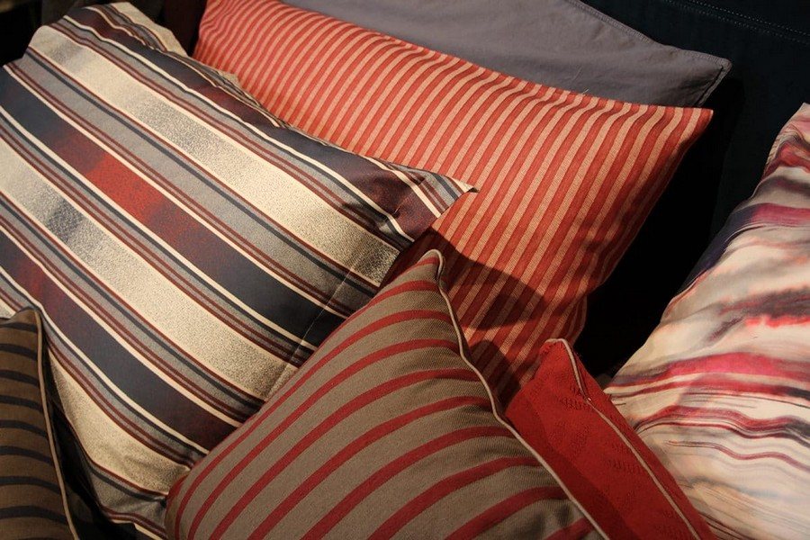 12-Diesel-Home-Linen-home-textile-at-Maison-&-Objet-2017-exhibition-trade-fair-stripy-bed-linen-pillow-cases-blue-red-white