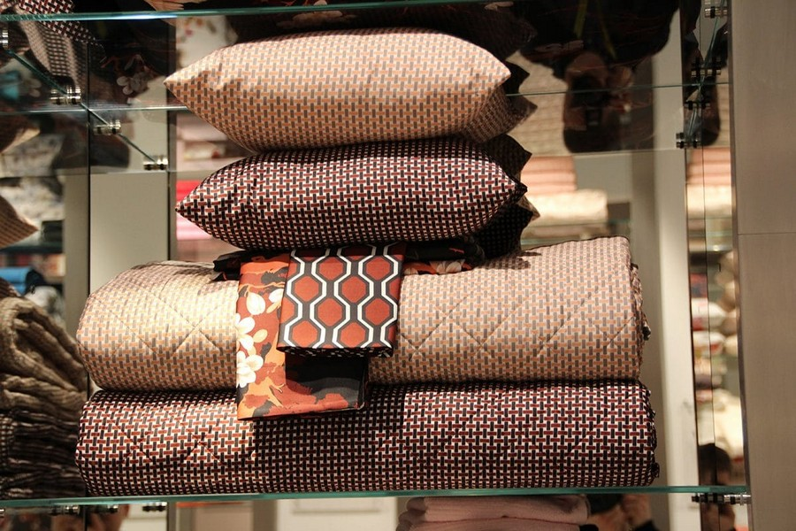 14-Blumarine-Blugirl-Svad-Dondii-blankets-pillows-home-textile-at-Maison-&-Objet-2017-exhibition-trade-fair