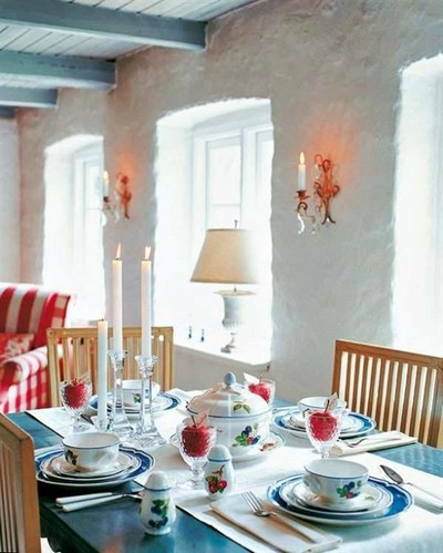 14-beautiful-romantic-table-setting-for-Valentine's-Day-ideas-candles-apples-Provence-style