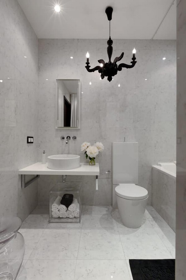 14-cozy-elegant-neo-classical-modern-gray-black-and-white-interior-design-bathroom-black-chandelier-Mui-Philippe-Starck-toilet-bowl-elongated-shape-tank
