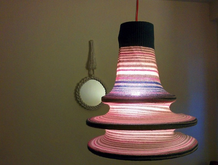 15-DIY-old-sweater-remake-ideas-hand-made-textile-lamp