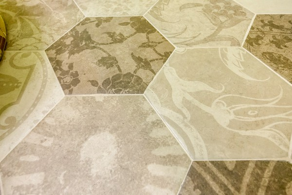 15-beige-big-hexagonal-floor-tiles-with-floral-pattern