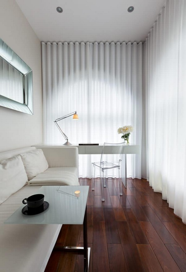 15-cozy-elegant-neo-classical-modern-black-and-white-interior-design-work-room-ex-balcony-white-sofa-Flexform-Minotti-desk-transparent-chair